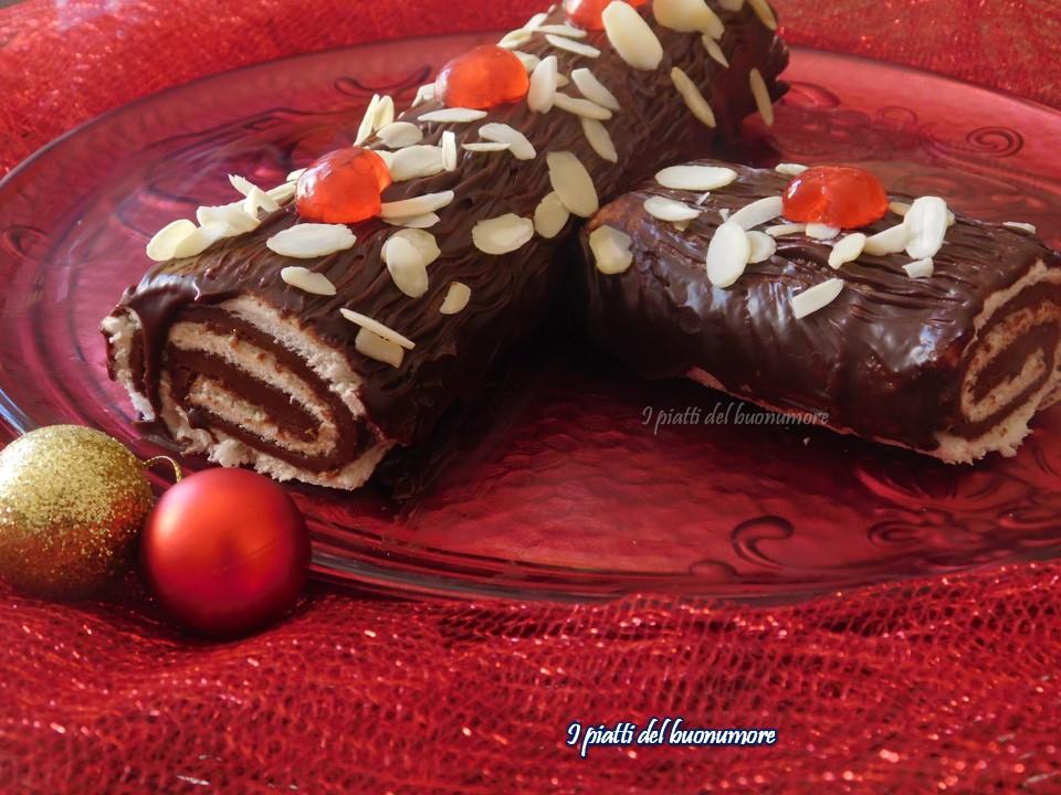 Tronchetto Di Natale Al Cioccolato Fondente.Tronchetto Di Natale Senza Cottura I Piatti Del Buonumore